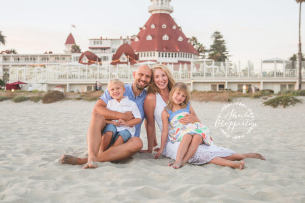 PHOENIX FAMILY OF FOUR  |  CORONADO BEACH SESSION  {HOTEL DEL PHOTOGRAPHER}