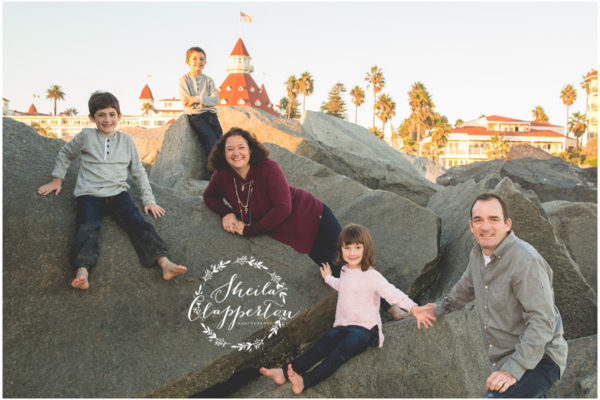 CHICAGO FAMILY OF FIVE | HOTEL DEL CORONADO FAMILY PHOTOS